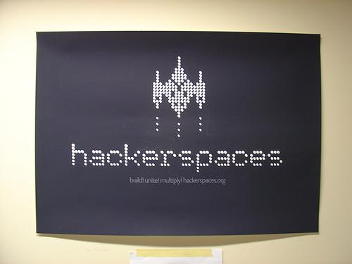 """El nuevo rol de las bibliotecas, los 'hackerspaces' y el  """"3-D Printing"""""""