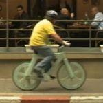 bicicleta-carton-reciclado-excerpt