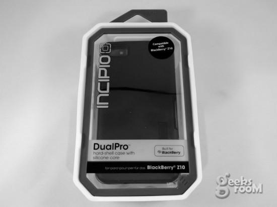 incipio-dualpro-01