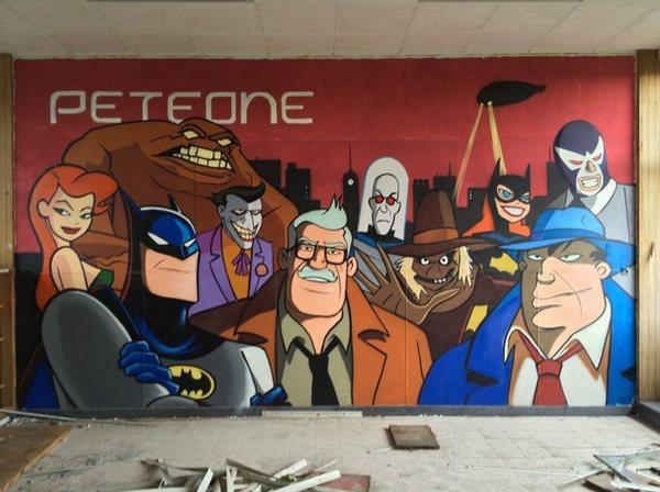 escuela-enfermeria-grafiti-batman-5