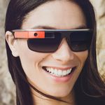 Luxottica Group, dueños de Oakley y Ray-Ban, fabricará marcos para Google Glass
