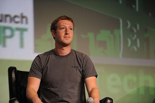 Mark_Zuckerberg_TechCrunch_2012
