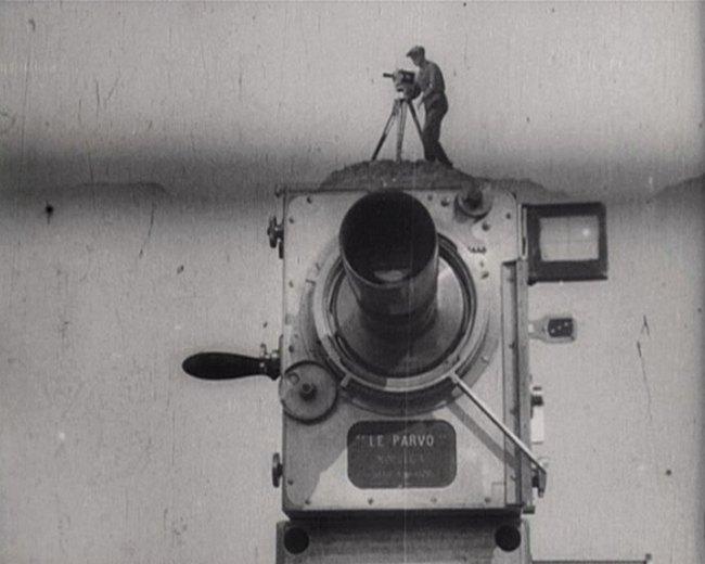 man-with-a-movie-camera-documental