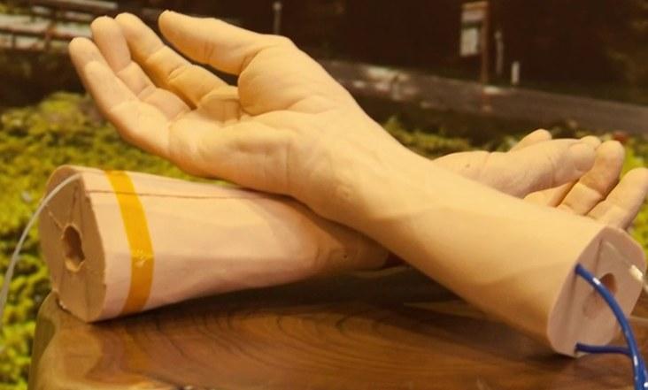 Google crea piel sintética para probar la detección de cáncer y otras enfermedades (+video)