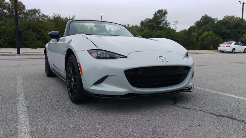 Mazda-MX-5-Miata-2016-02