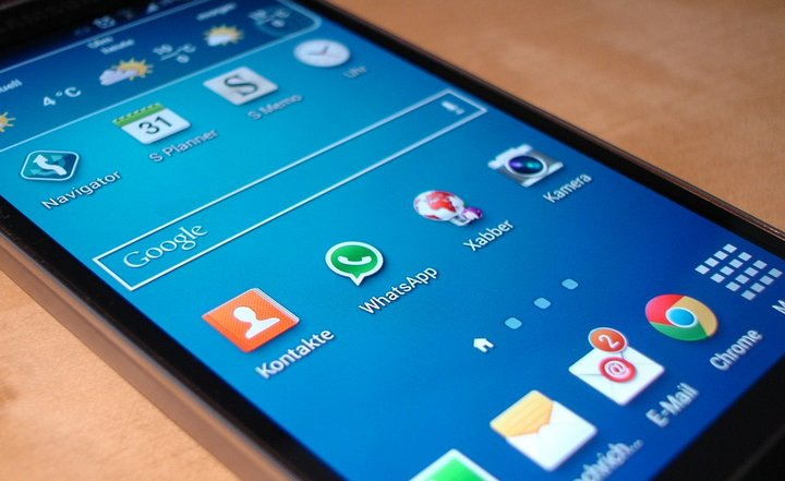 Pronto WhatsApp Android permitirá a todos sus usuarios dibujar y aplicar stickers a las fotos