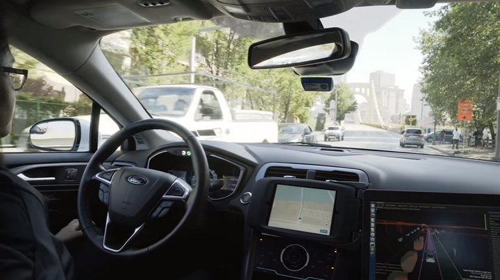 Uber - Vehículos Autónomos