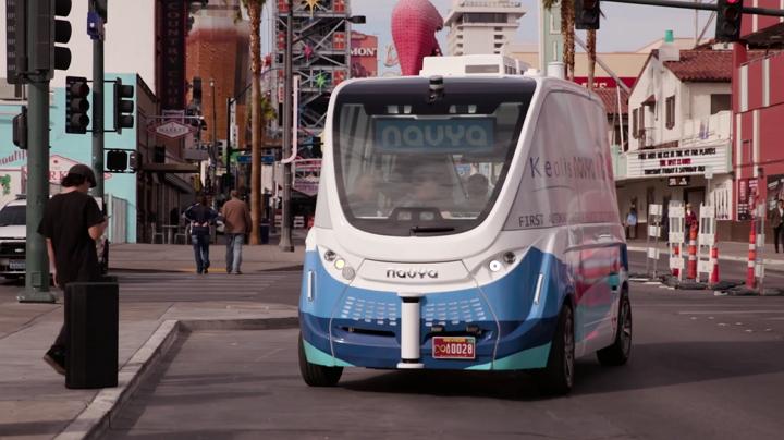 Las Vegas y Navya lanzan el primer vehículo autónomo de transporte público que opera en EE.UU.
