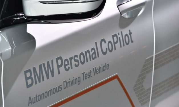 El Grupo BMW se prepara para los vehículos autónomos del futuro [Vídeos]