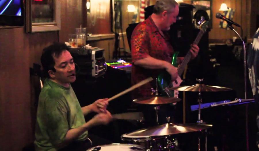 TecnologíaParapléjico vuelve a tocar la batería, ayudado por las Nuevas Tecnologías Andrea Cummins