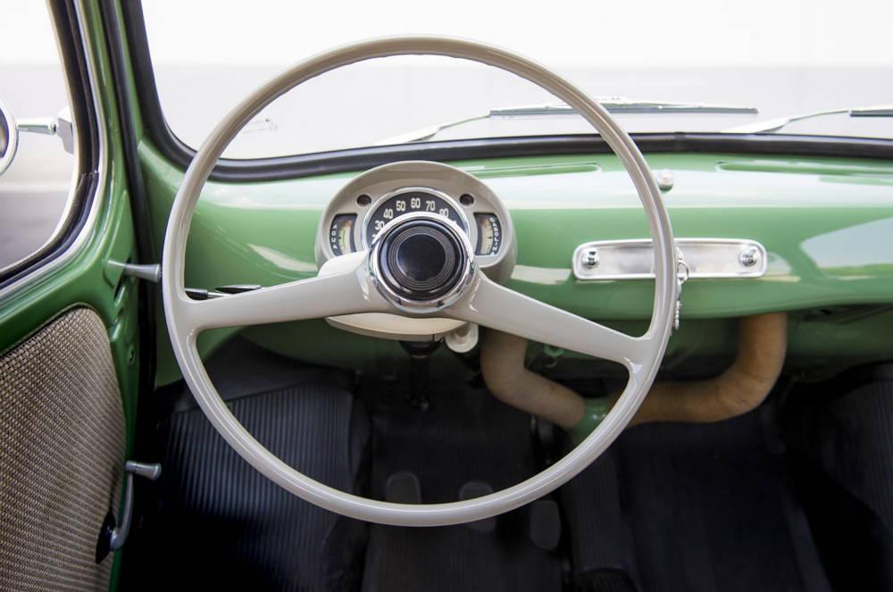 SEAT 600 - Años 60 - Volante