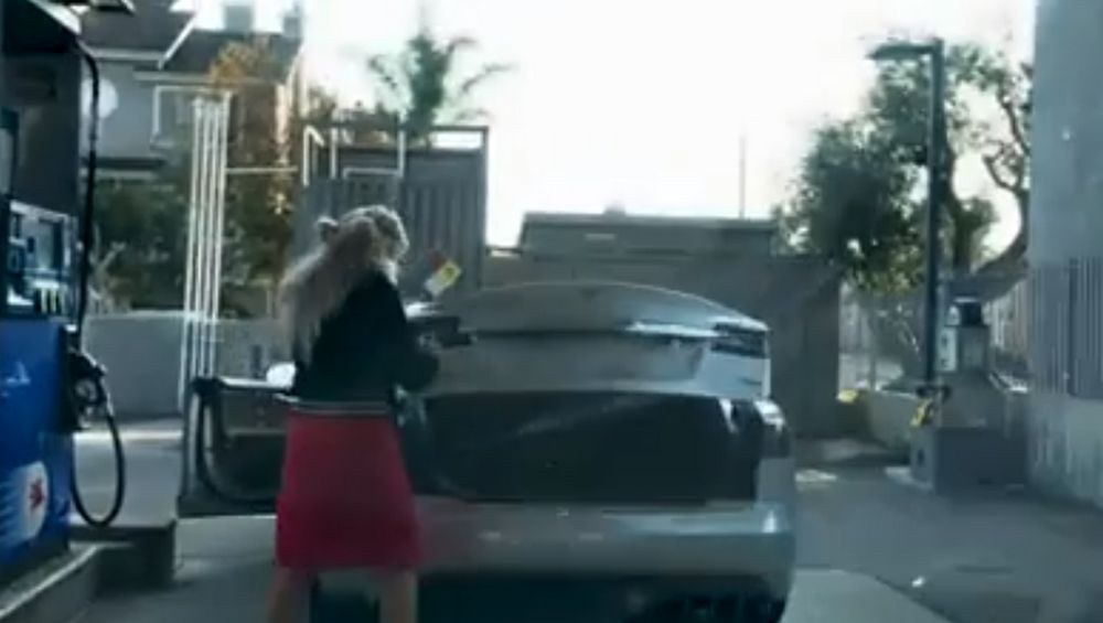 Tesla - Gasolina