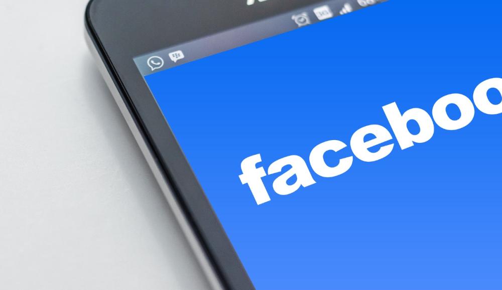 Facebook - Móvil - Fraude