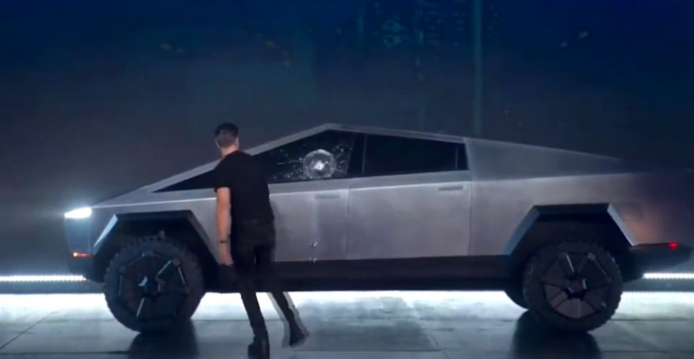 Tesla Cybertruck - Demostración Resistencia Armor Glass